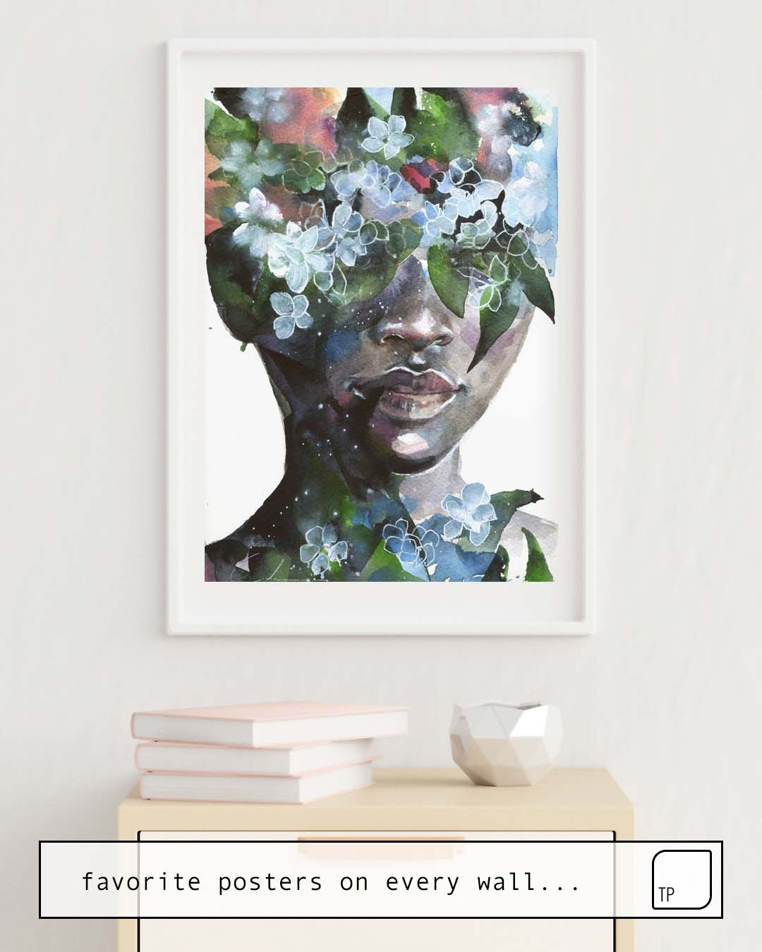 The photo shows an example of furnishing with the motif GARDEN II by Agnes Cecile as mural