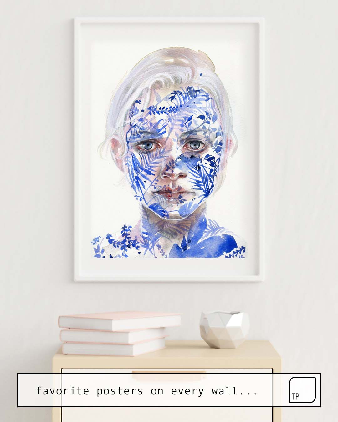 The photo shows an example of furnishing with the motif GARDEN III by Agnes Cecile as mural