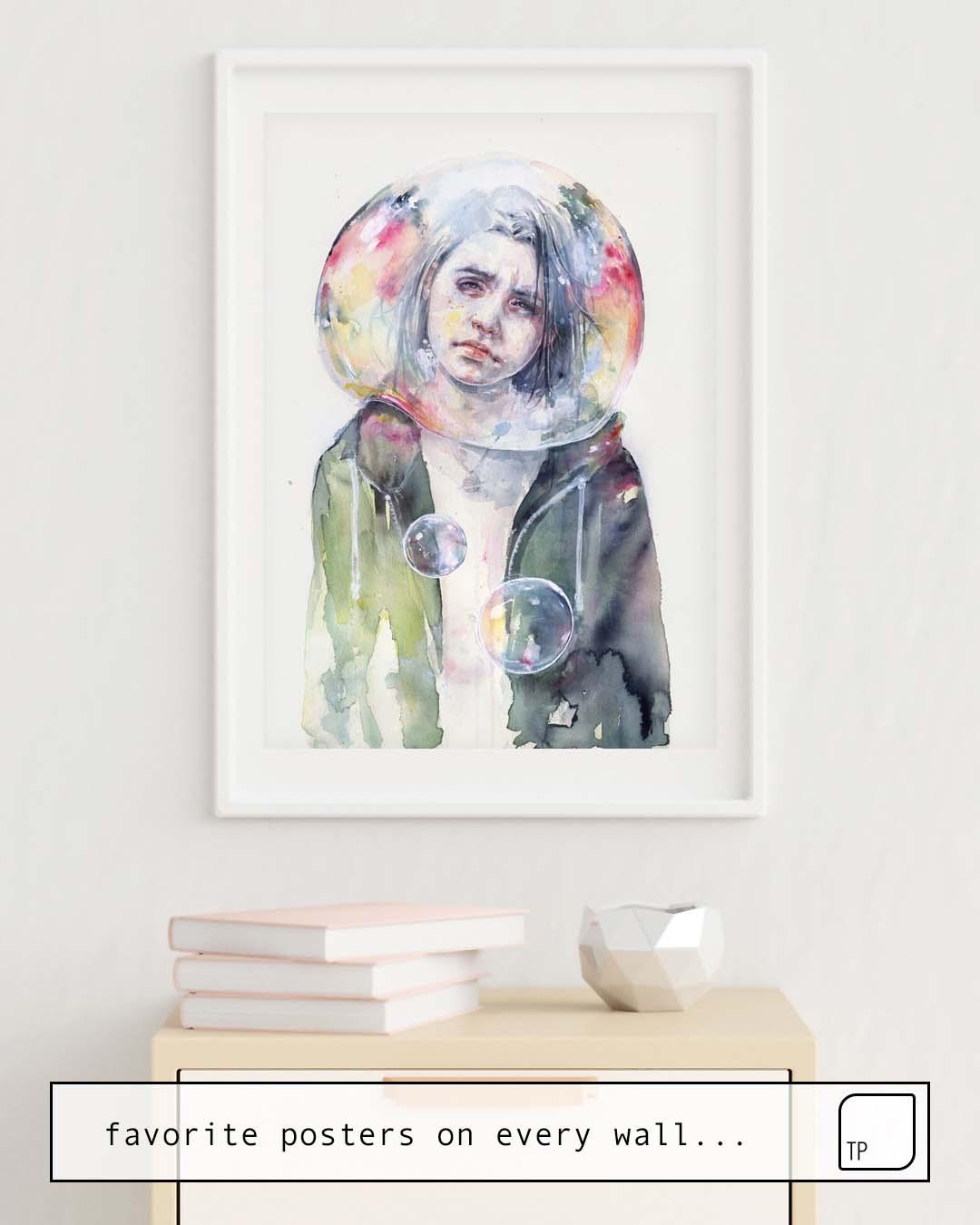 La foto muestra un ejemplo de decoración con el motivo GOODMORNING WORLD por Agnes Cecile como un mural