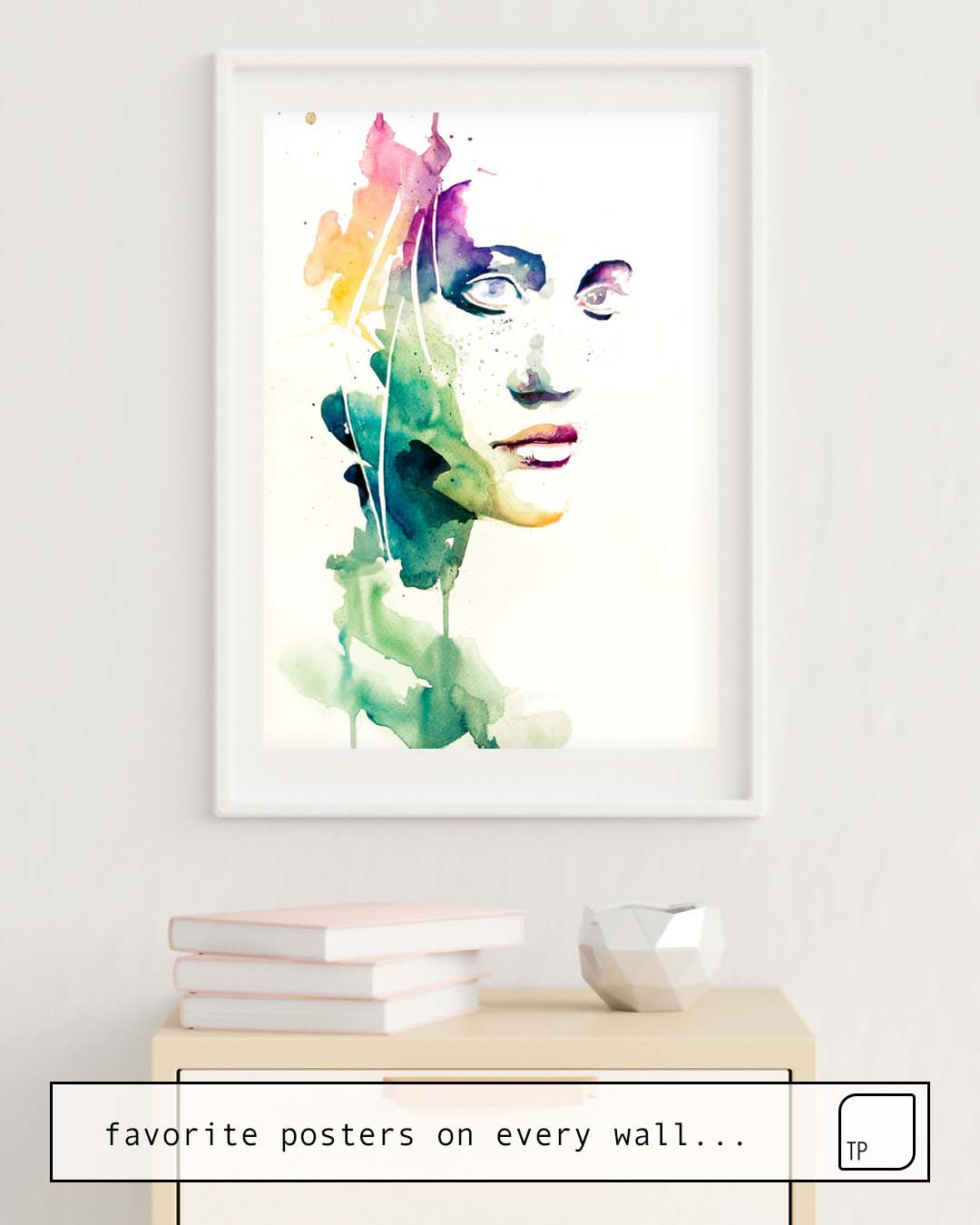 The photo shows an example of furnishing with the motif NON VEDI NIENTE - NIENTE by Agnes Cecile as mural