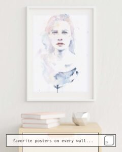 The photo shows an example of furnishing with the motif PALE COLOR by Agnes Cecile as mural