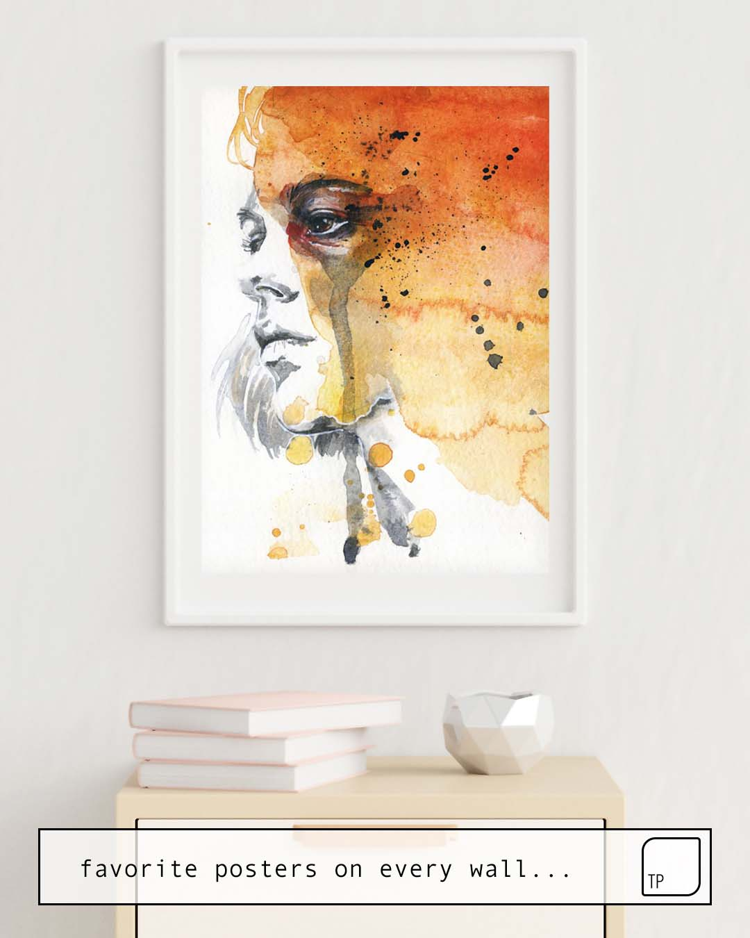 The photo shows an example of furnishing with the motif SMALL PIECE 22 by Agnes Cecile as mural
