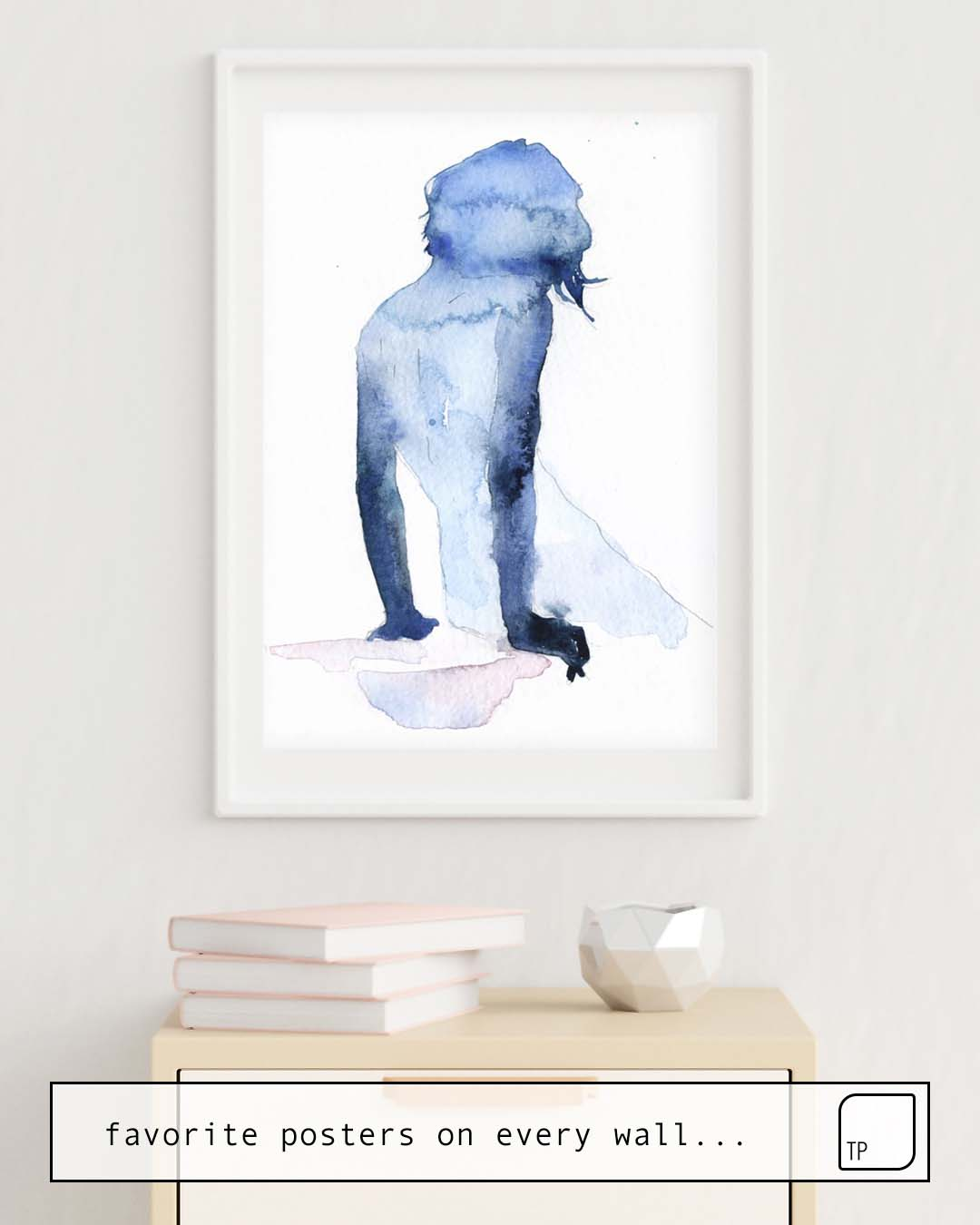 The photo shows an example of furnishing with the motif SMALL PIECE 26 by Agnes Cecile as mural