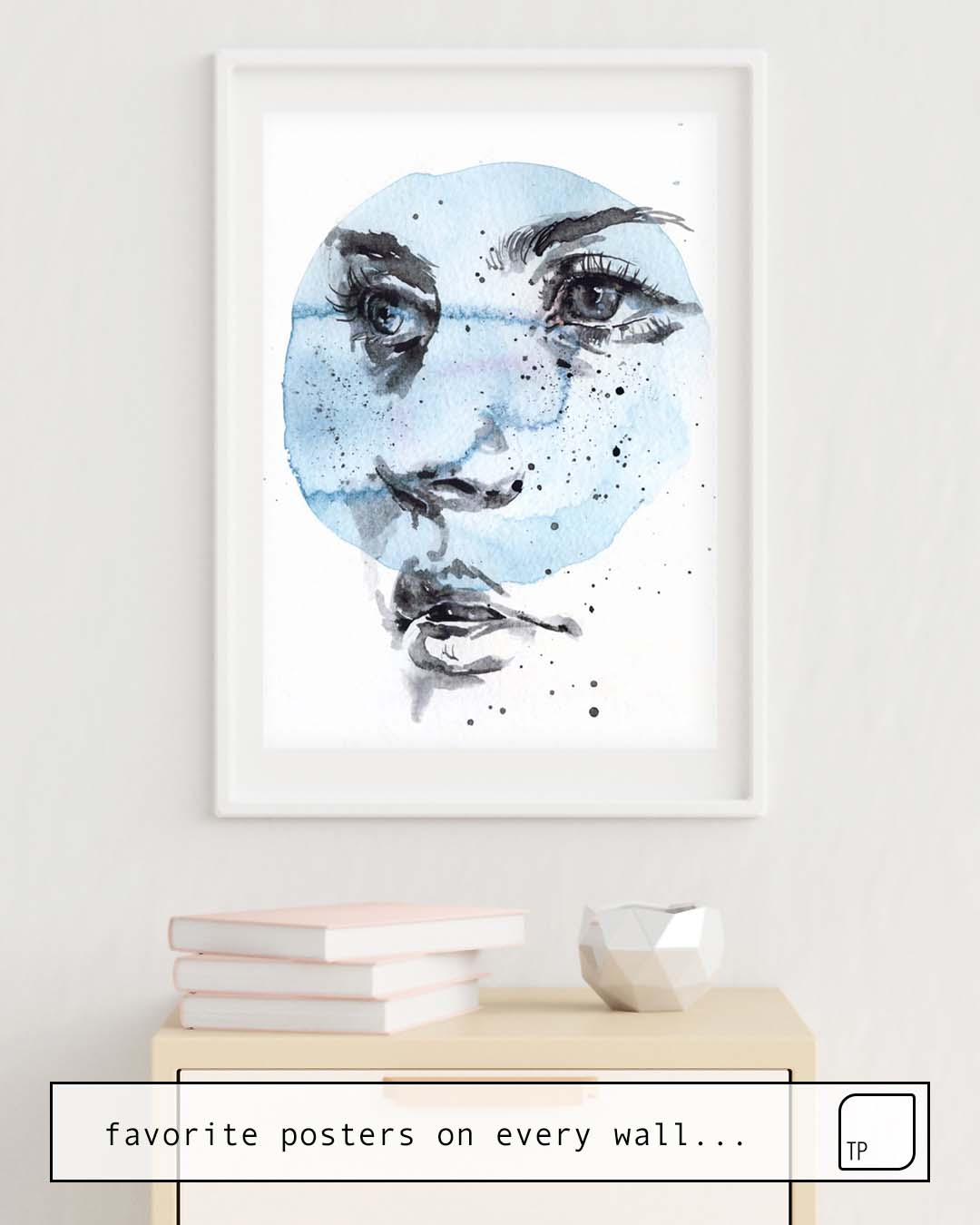 The photo shows an example of furnishing with the motif SMALL PIECE 27 by Agnes Cecile as mural