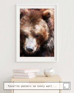 Das Bild zeigt ein Einrichtungsbeispiel mit dem Motiv BEAR // GOLD von Amy Hamilton als Wandbild