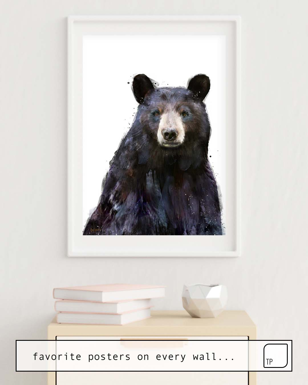 The photo shows an example of furnishing with the motif BLACK BEAR by Amy Hamilton as mural