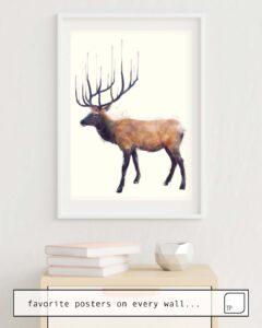 La foto muestra un ejemplo de decoración con el motivo ELK // REFLECT (LEFT) por Amy Hamilton como un mural