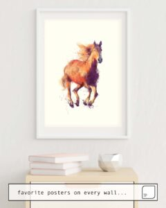 The photo shows an example of furnishing with the motif HORSE // BOUNDLESS by Amy Hamilton as mural