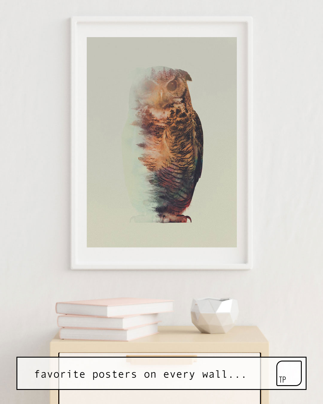 The photo shows an example of furnishing with the motif NORWEGIAN WOODS: THE OWL by Andreas Lie as mural