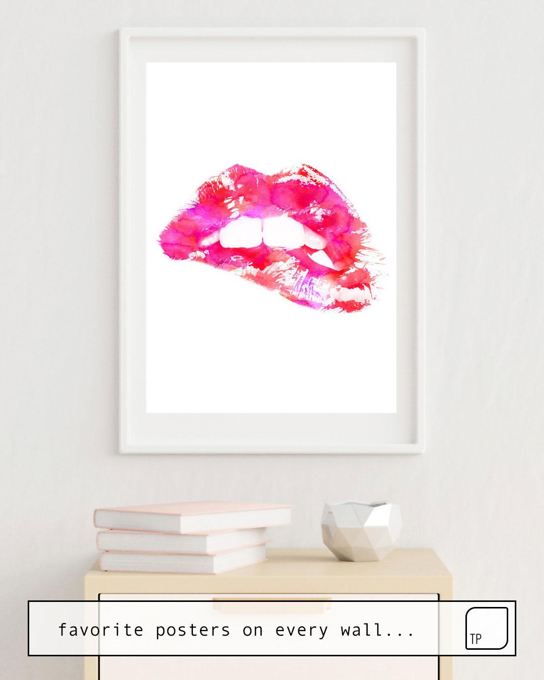 Das Bild zeigt ein Einrichtungsbeispiel mit dem Motiv PINK LIPS von Andreas Lie als Wandbild