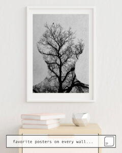 La photo montre un exemple d'ameublement avec le motif TREE OF LIFE par Andreas Lie comme peinture murale