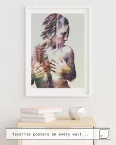 La photo montre un exemple d'ameublement avec le motif WILDERNESS HEART III par Andreas Lie comme peinture murale
