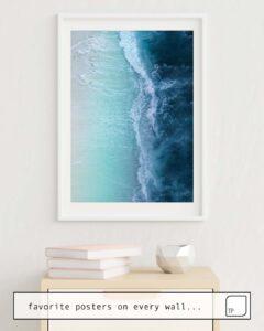 La photo montre un exemple d'ameublement avec le motif TURQUOISE SEA par Andreas12 comme peinture murale