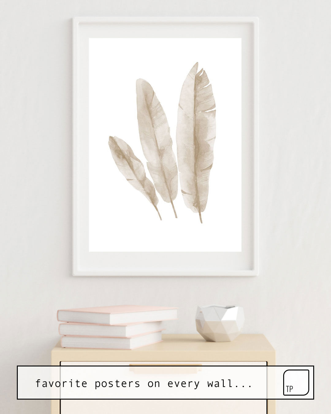 Poster | BEIGE TROPICAL LEAVES von Art by ASolo