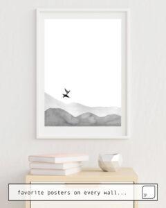Das Bild zeigt ein Einrichtungsbeispiel mit dem Motiv BIRDS AND HILLS von Art by ASolo als Wandbild