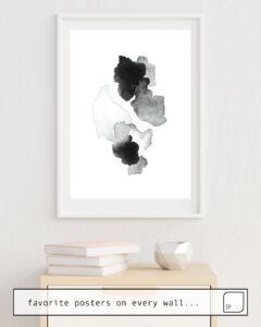La photo montre un exemple d'ameublement avec le motif BLACK BLOT. par Art by ASolo comme peinture murale