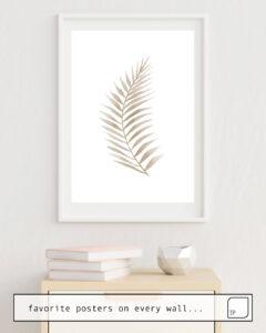 Das Bild zeigt ein Einrichtungsbeispiel mit dem Motiv DRY LEAF von Art by ASolo als Wandbild
