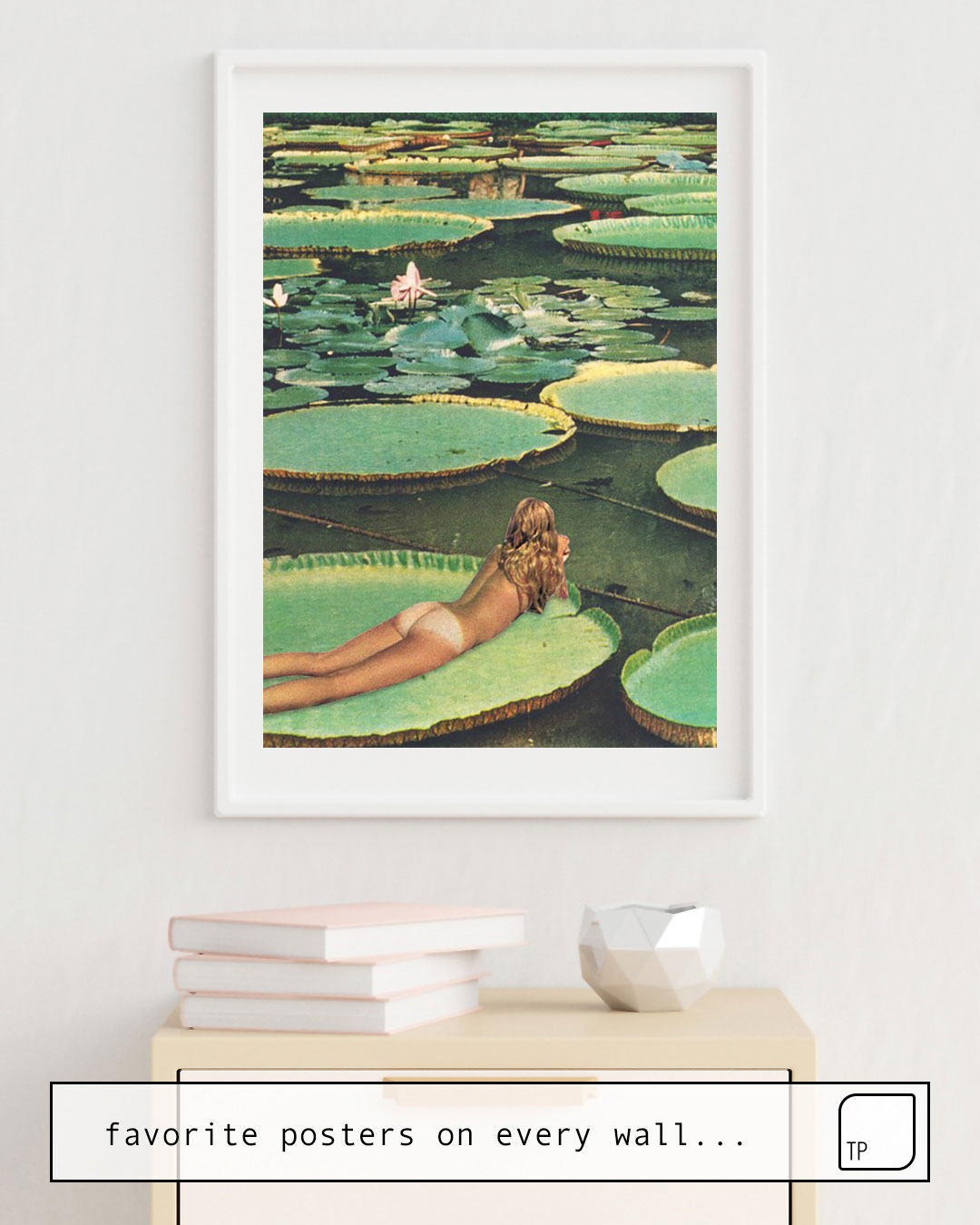The photo shows an example of furnishing with the motif LILY POND LANE by Beth Hoeckel as mural