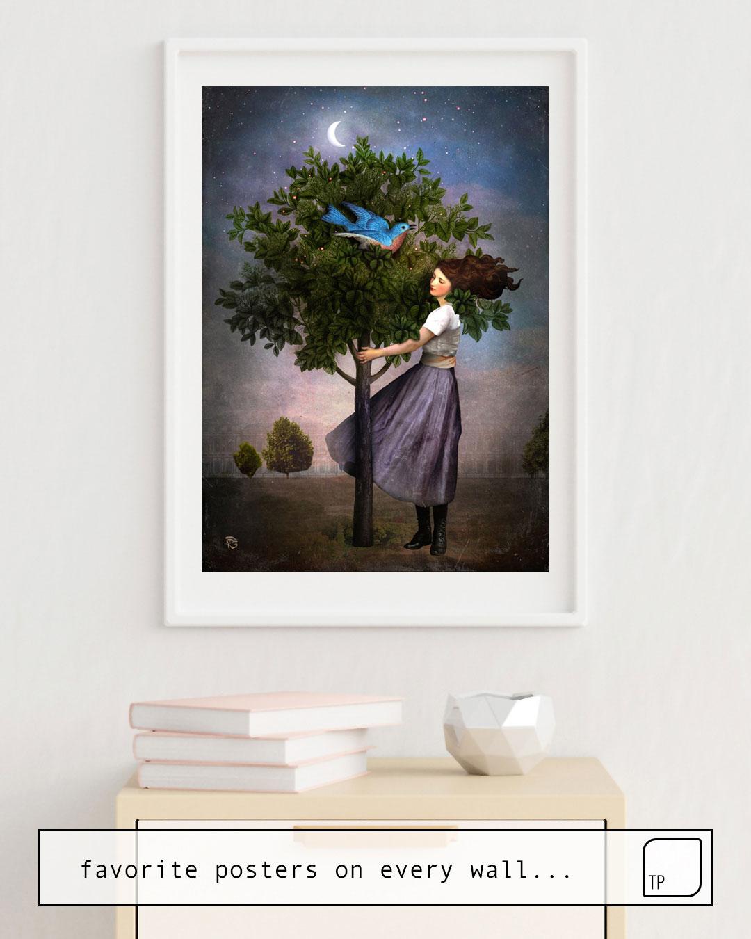 Das Bild zeigt ein Einrichtungsbeispiel mit dem Motiv A BLUEBIRDS SONG von Christian Schloe als Wandbild