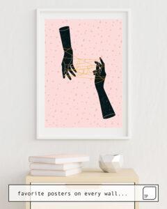 Das Bild zeigt ein Einrichtungsbeispiel mit dem Motiv HANDS IN LOVE von Robert Farkas als Wandbild