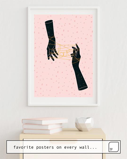 La photo montre un exemple d'ameublement avec le motif HANDS IN LOVE par Robert Farkas comme peinture murale